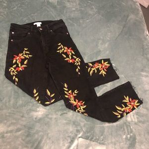 Embroidered floral H&M jeans boyfriend mom